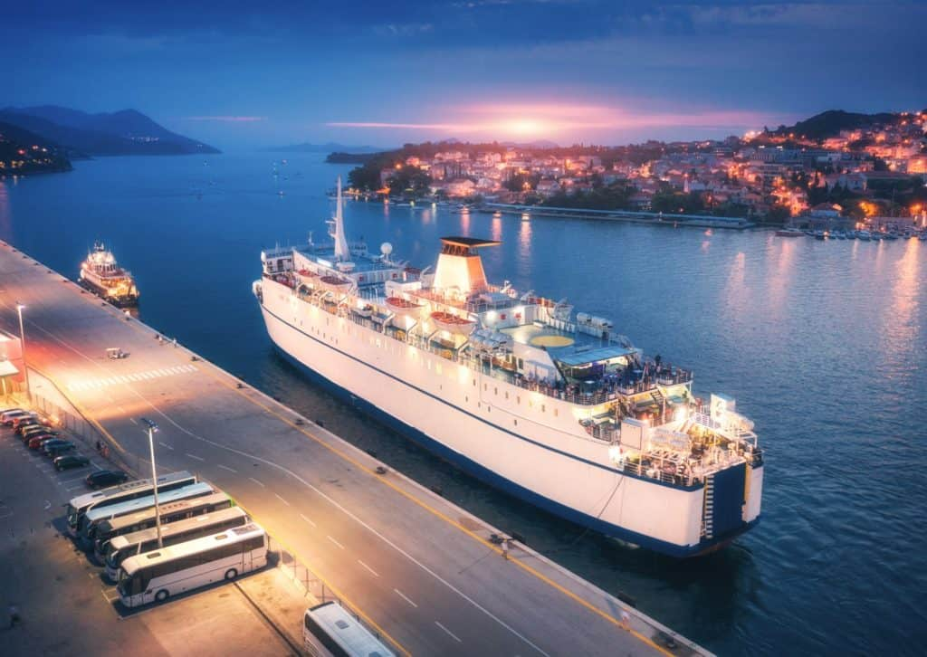 How To Board A Cruise Ship